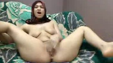 Arab hijab girl with her lover scandal mms