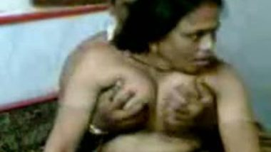 Mature Indian Aunty Nude Fucked By her Boyfriend Nude at Home Scandal
