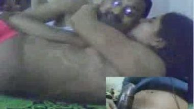 Bengali guy Surajit with his wife leaked mms