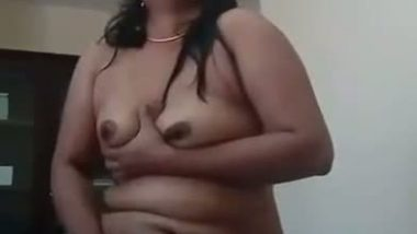 Desi aunty selfmade masturbation video