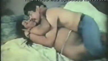 Indian vintage sex clip of South Indian bhabhi with neighbor