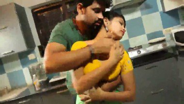 Desi Wife in Kitchen Enjoying Love with Lover Mms