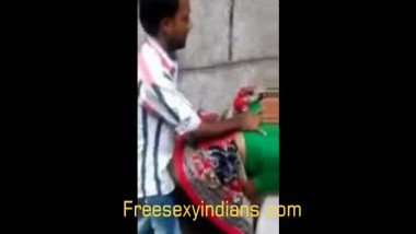 Outdoor Indian street sex scandal mms