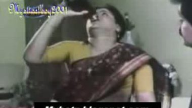 kannada masala movie � chubby aunty drinking