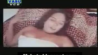 Tamil cute aunty sindhu nude on bed