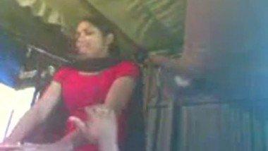 Bangladeshi village girl hard fucked by neighbor