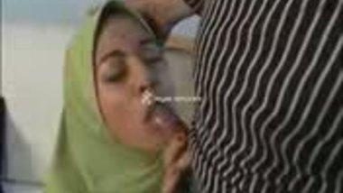 HIjaabi Muslim Girl In Sex Video