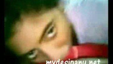 Desi college girl divya first time with lover