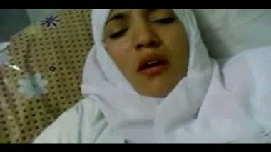 Hijab college girl fucked by teacher indian porn video
