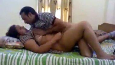 Desi Wife Enjoying Quick Sex Scandal