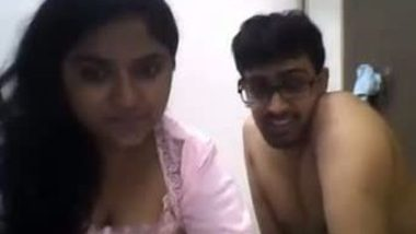 Bhabhi cheated her hubby and playing with devar