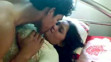 College girl Rathi smooch and foreplay with bf