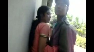 Bangladeshi college girl outdoor sex with lover leaked mms