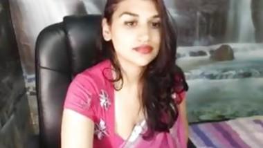 Sexy indian cam girl nandani on hotcamgirls . in
