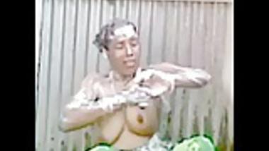 Bangladeshi Peeping Tom 19