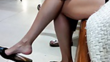 Candid at the Train Station  Sexy Indian Legs Feet