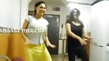 Indian Girls Sexy Dance