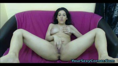 NRI muslim house wife masturbate front of cam