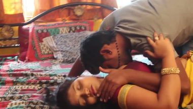 Desi bhabhi arousing lover�s mood in bedroom