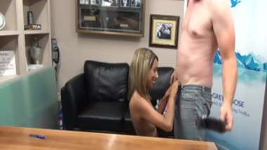 Skinny spinner Mandy Minks casting couch