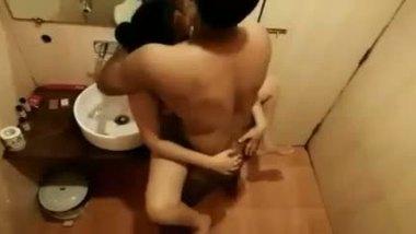 Desi shower porn video teen girl fucked in bathroom
