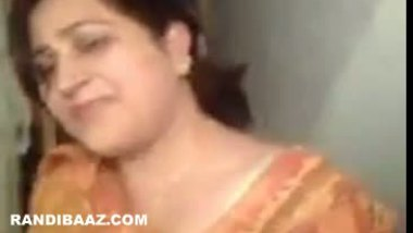 Punjabi sexy aunty hot blowjob session