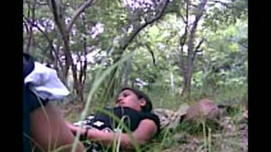 Desi porn girl outdoor sex with lover