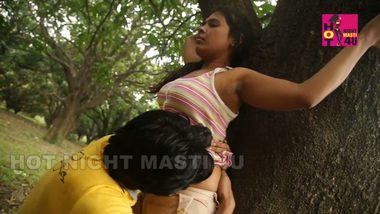 Indian girl outdoor sexy vidio with lover