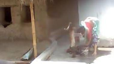 Bengali busty Purnima Boudi bathing hot asset