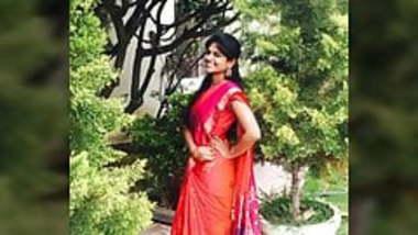 Desi Indian girl moaning hardly