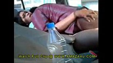 Punjabi bhabhi fucked inside the car by her driver