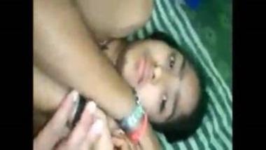 Banging Desi Virgin Girl's Tight Pussy