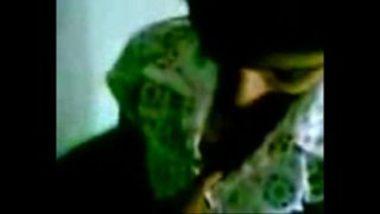 Fingering Hot Mallu Chick Sandhya
