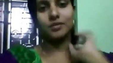 Kerala chechi showing big boobs