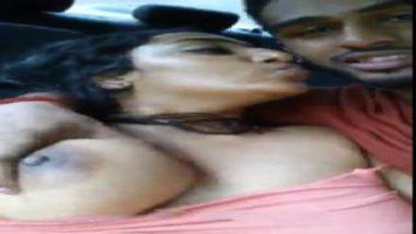 Delhi Girl Having Hot Sex With Boyfriend Inside Car