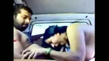 Hot Indian Teacher Naked And Sucking Dick Inside Car